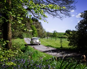 MOrris MIor Wedding | Country road | Kippford Classic Car Hire